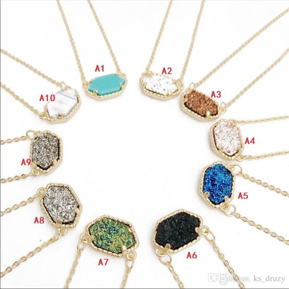 Jewelry - Kendra Scott inspired necklaces